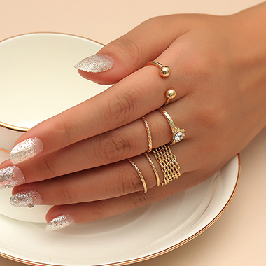 Gold Metal Rhinestone Detail Ring Set