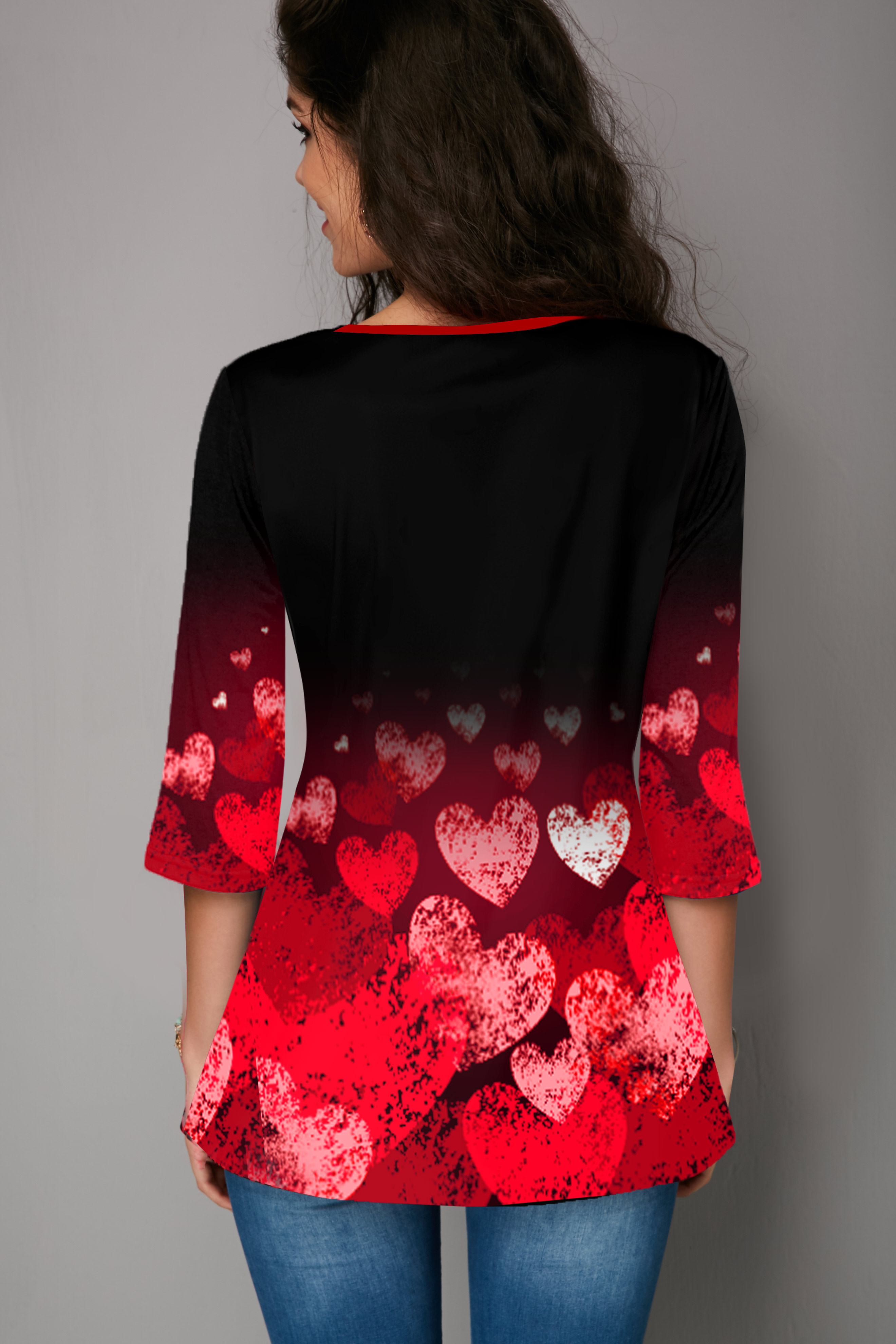 Heart Print Crinkle Chest Plus Size T Shirt