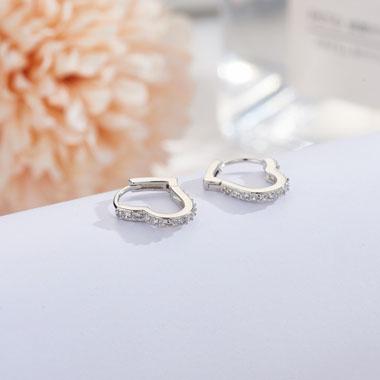 0.6 X 0.6 Inch Rhinestone Detail Heart Silver Earring Set