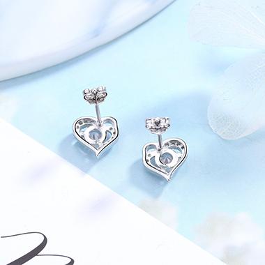 0.4 X 0.4 Inch Silver Rhinestone Heart Ear Studs