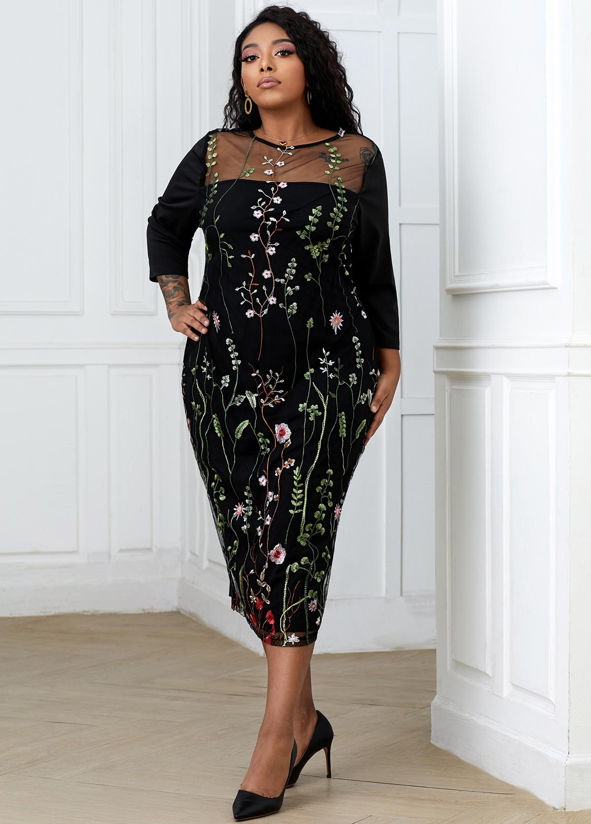 Embroidered Mesh Stitching Plus Size Dress