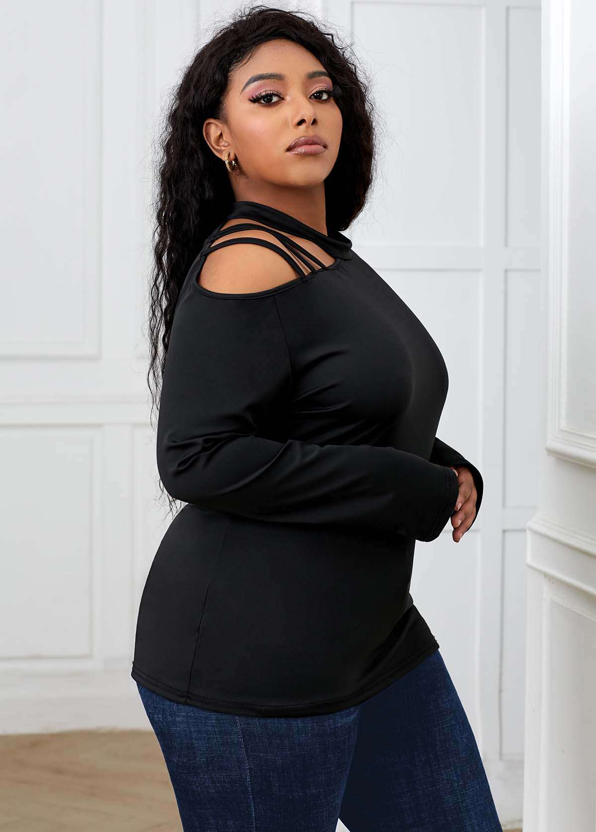 Cold Shoulder Long Sleeve Plus Size T Shirt