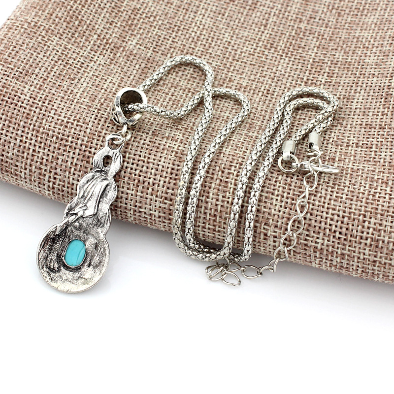 Blue Crystal Inlaid Turquoise Pendant Vintage Necklace