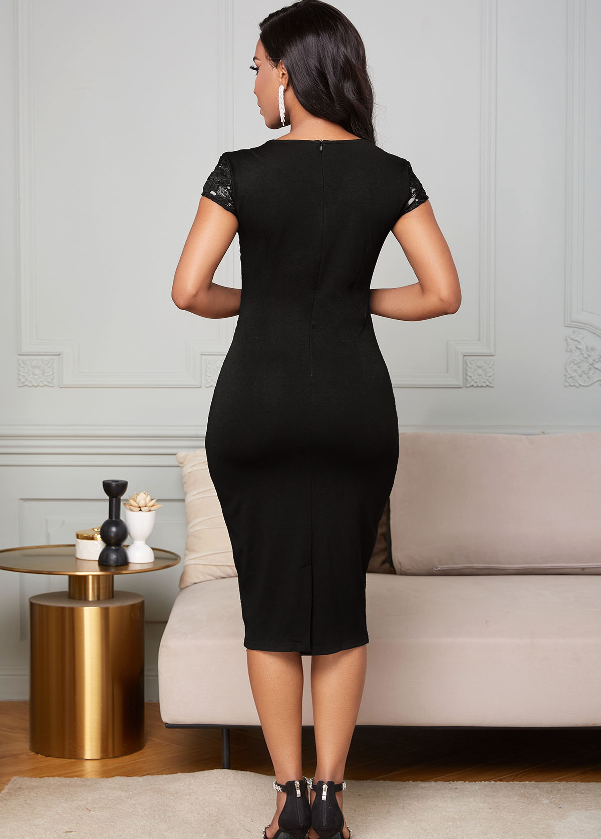 Short Sleeve V Neck Lace Bodycon Dress