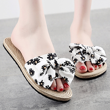1 Pair Daisy Print Straw Plaited Article Slippers