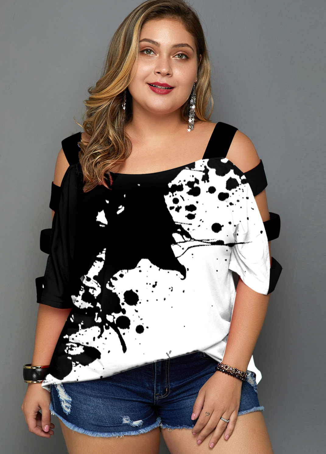 Plus Size Ladder Cutout Tie Dye Print T Shirt