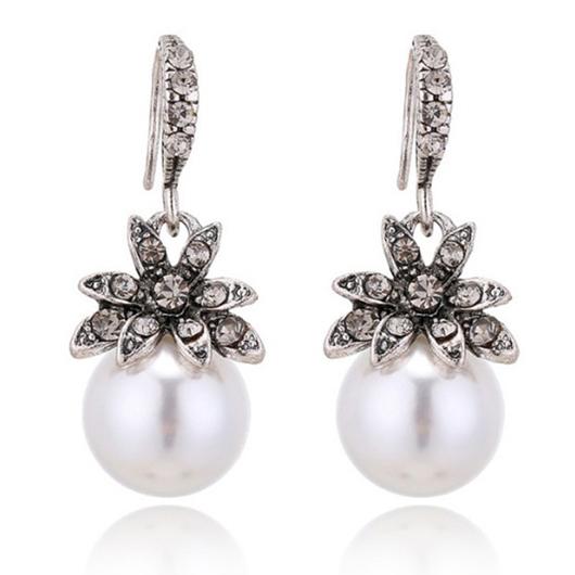 Sunflower Design Silver Pearl Detail Earring Set