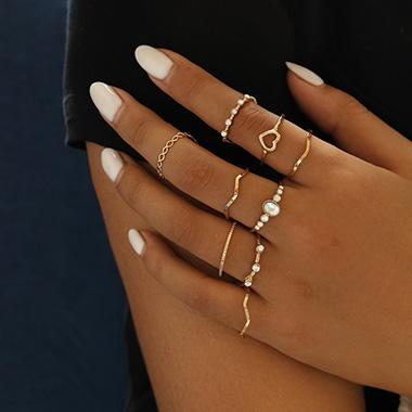Metal Detail Heart Design Rhinestone Rings