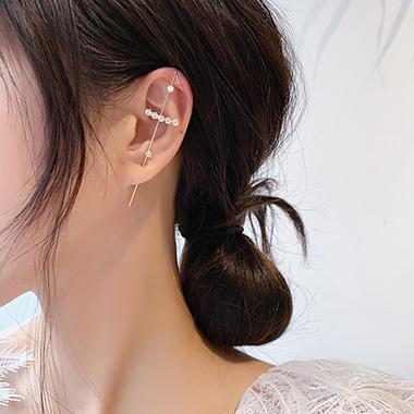 Metal Detail Rhinestone Gold Ear Studs