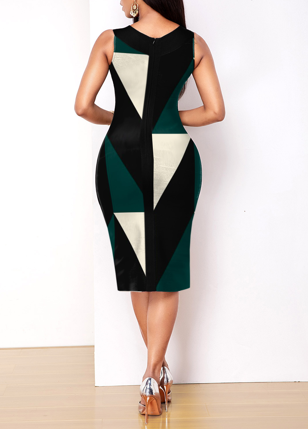 Geometric Print Sleeveless V Neck Dress