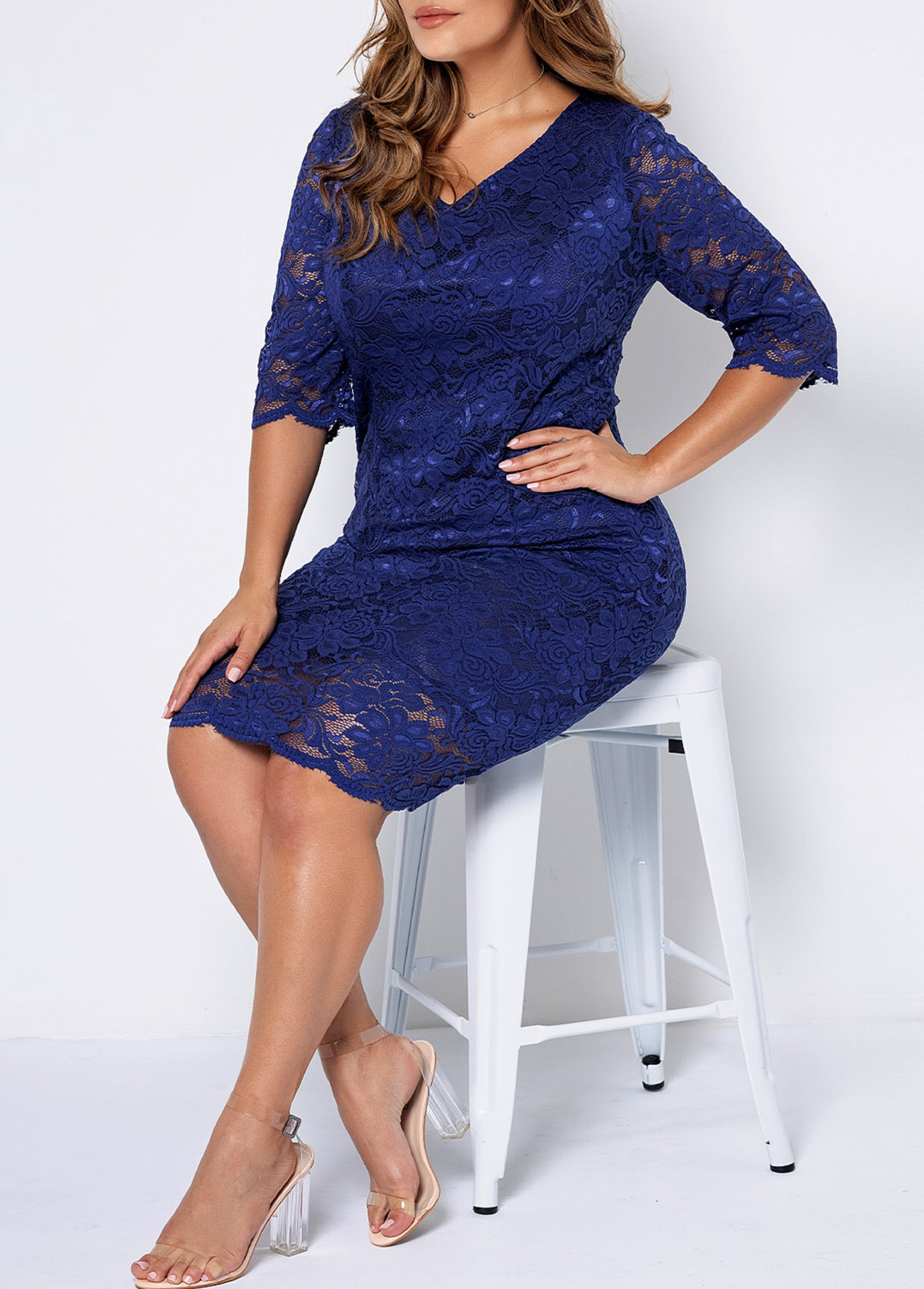 Plus Size V Neck 3/4 Sleeve Lace Dress