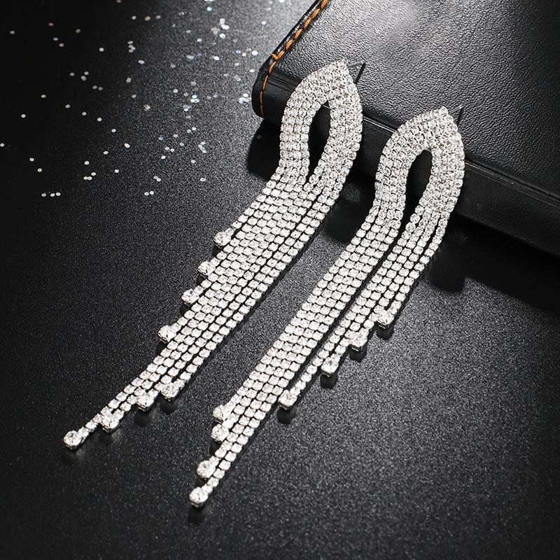 Tassel Design Silver Rhinestone Earring set