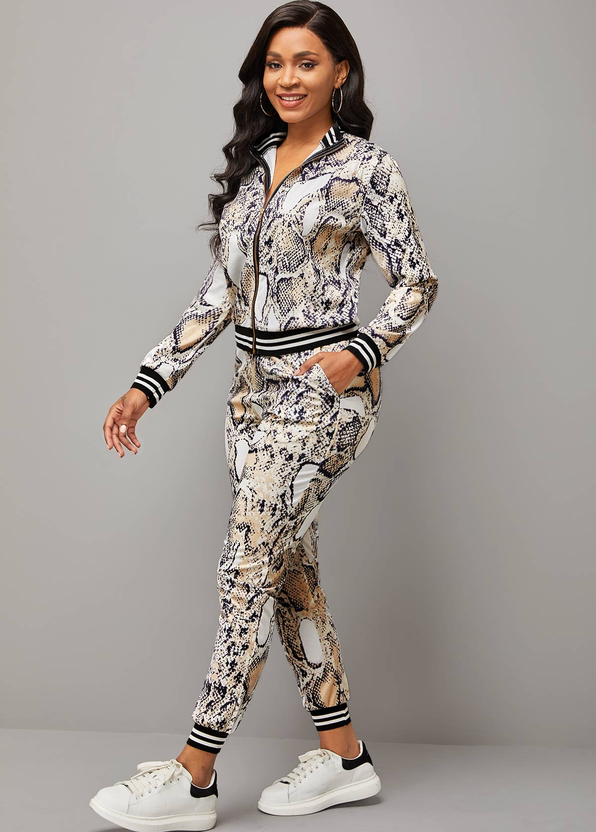 Pocket Long Sleeve Snake Print Sport Suit